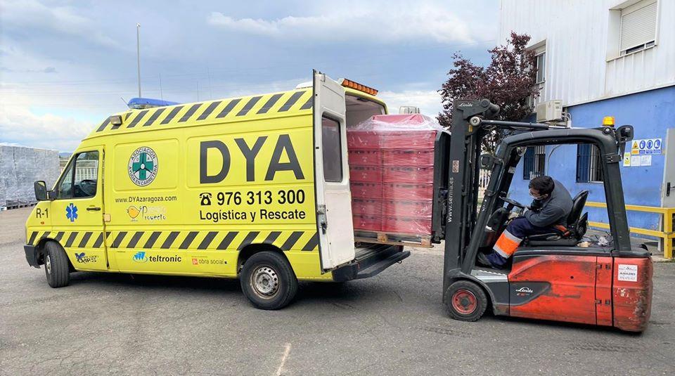 Cajas de plástico donadas a DYA